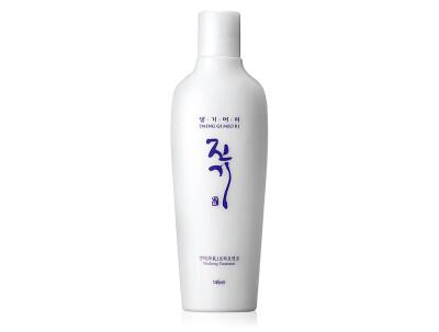 Интенсивно восстанавливающий кондиционер для волос Daeng Gi Meo Ri Vitalizing Treatment, 145мл - Фото №1