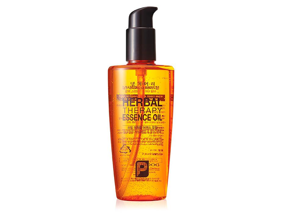 Восстанавливающее масло для волос Daeng Gi Meo Ri Professional Herbal Therapy Essence Oil, 140мл - Фото №1