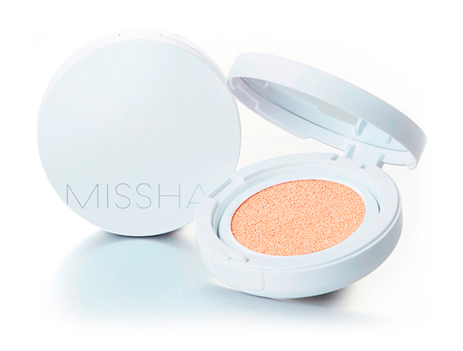 Увлажняющая тональная основа кушон Missha Magic Cushion Moist Up SPF 50+ PA+++ №21, 15г - Фото №3